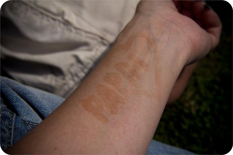 brun utan sol tatuering