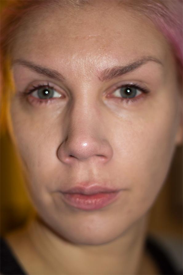 coloran ögonbrynsfärg på ögonfransar