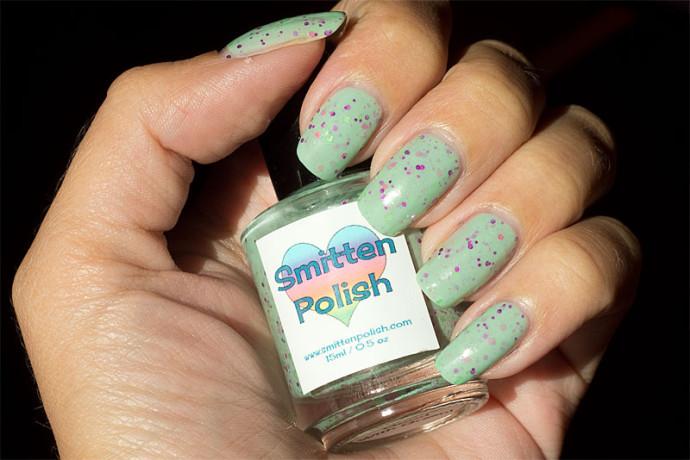 smittenpolish-pinkgoesgoodwithgreen-1