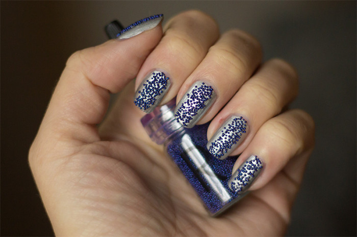 makeupstore-caviar-purple-essie-loophole-1